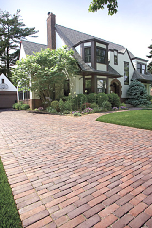 Mortar base brick driveway laying tips how to build a for How to build your home