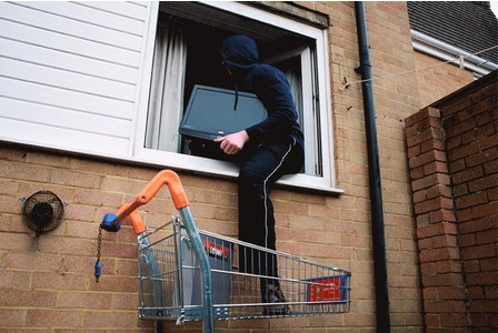 Protect your home from burglary theft how to build a house - How to keep thieves away from your home ...