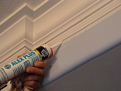 Using the Silicone Latex Caulk Tube