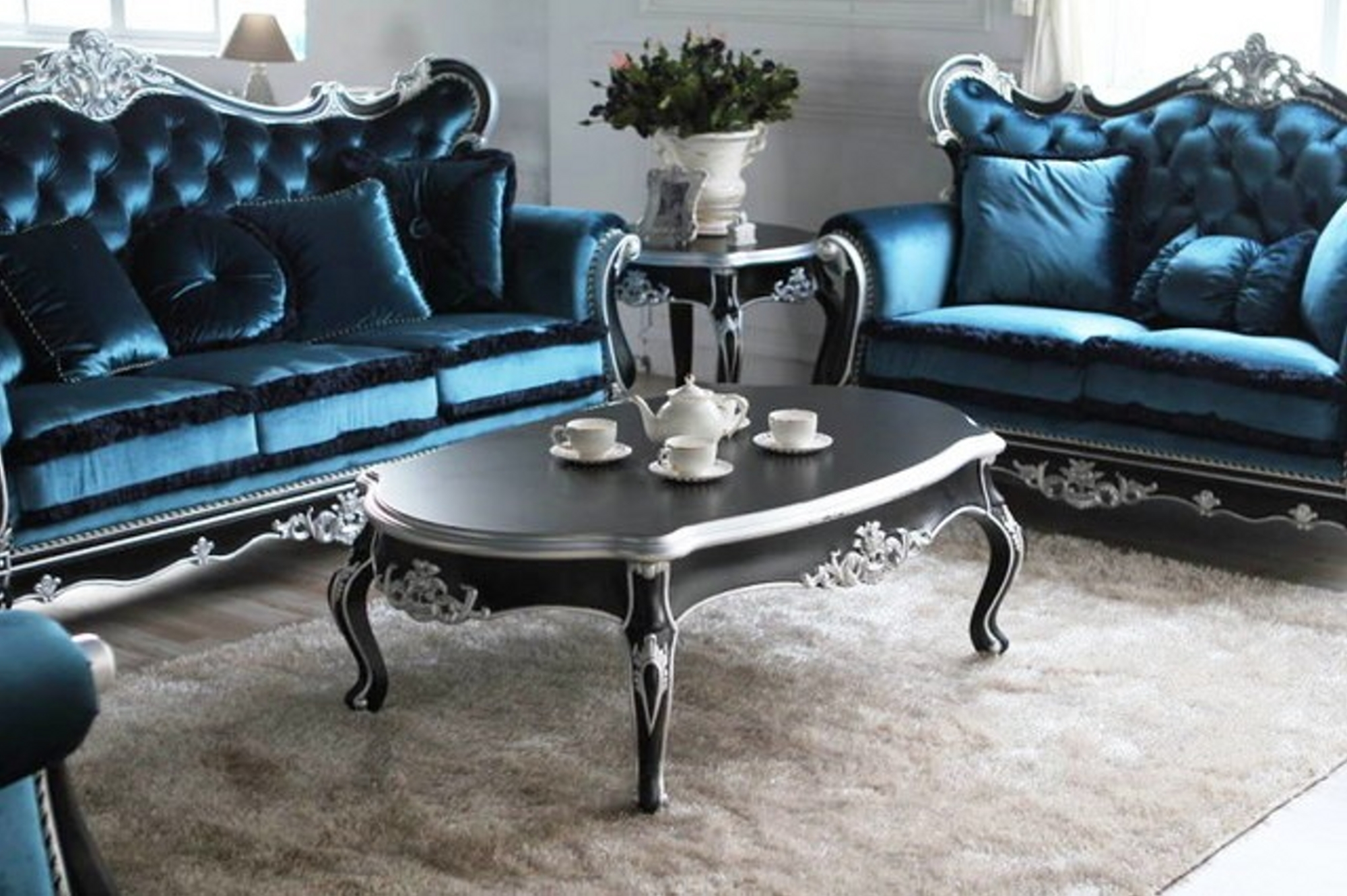Antique Style Living Rooms