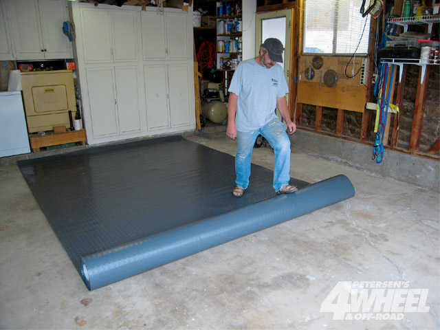 Home Gym Design: Garage Floor Covering Installation
